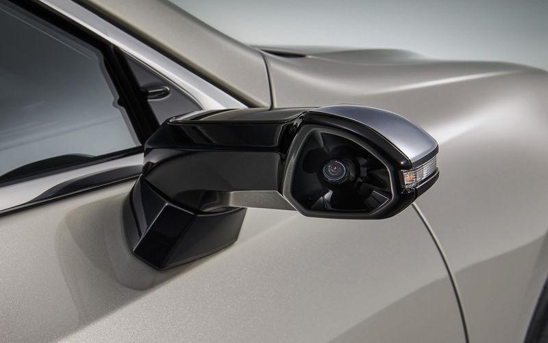 В США начали воровать наружные зеркала автомобилей 1