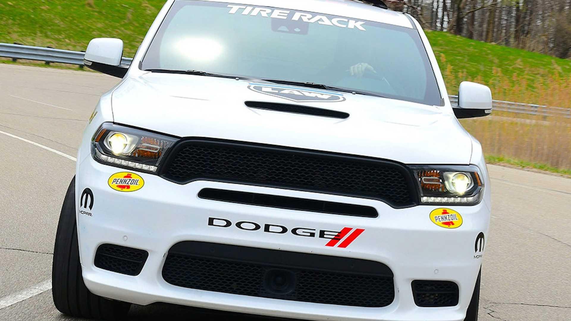 Dodge превратил Durango SRT в 797-сильный внедорожник Pursuit Speed Trap 1
