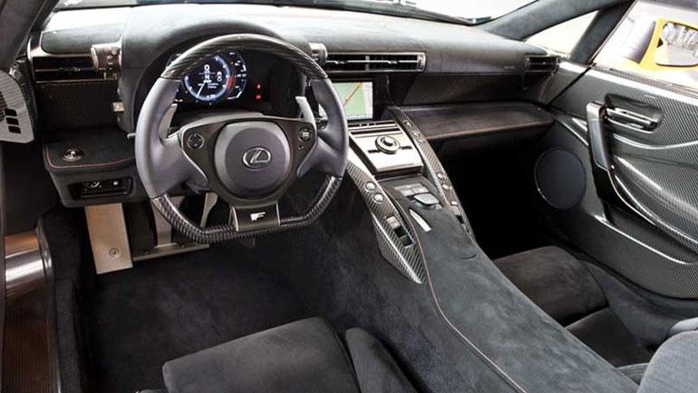 Уникальный спорткар Lexus LFA Nurburgring Edition выставлен на продажу 2