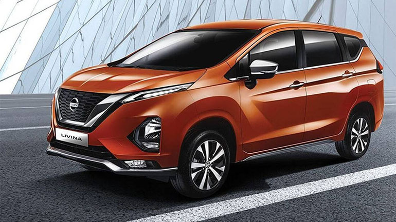 Продажи внедорожного Nissan Livina провалились 1