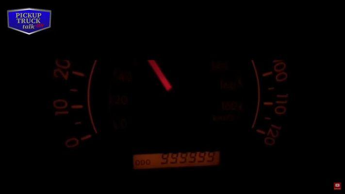 Обнаружена неубиваемая Toyota с пробегом 1,6 млн км 1