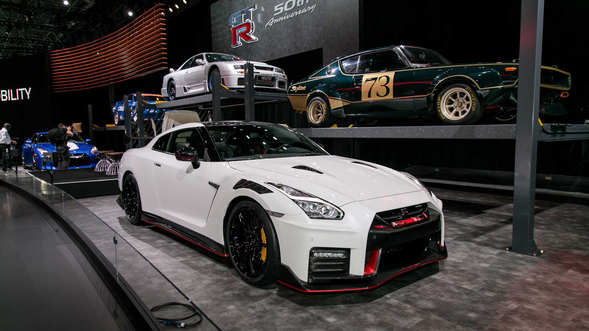 Nissan для создания новых спорткаров не нужны партнёры 1
