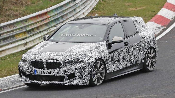 Фотошпионы рассекретили интерьер новой BMW 1 Series 1