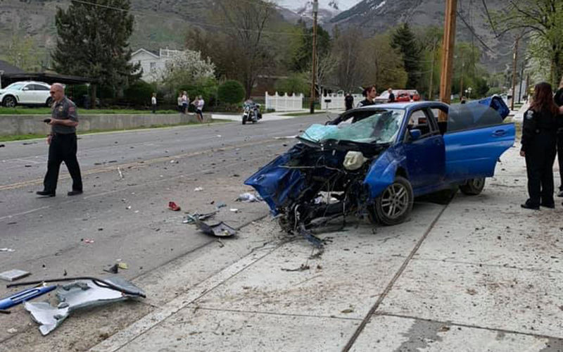 Вот это авария: водитель, двигатель и коробка вылетели из авто 1