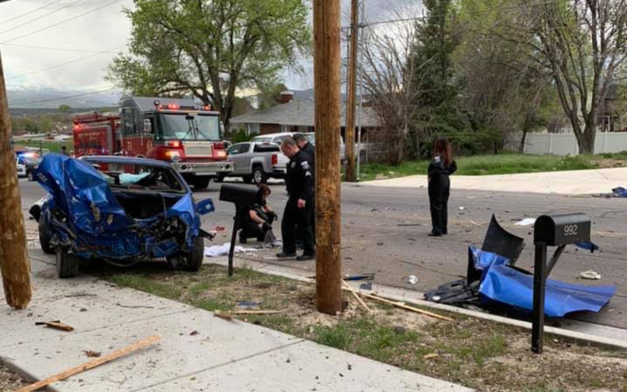 Вот это авария: водитель, двигатель и коробка вылетели из авто 2