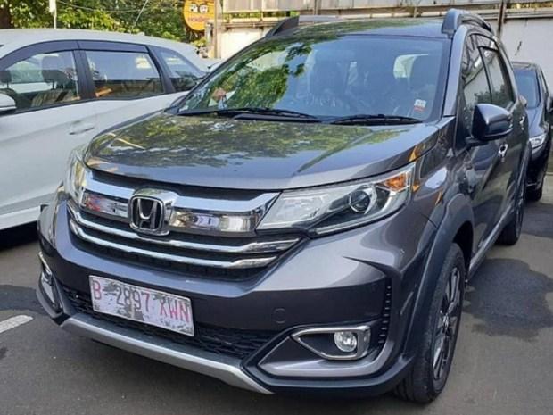Honda представила новую версию BR-V 1