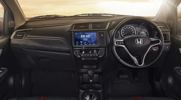 Honda представила новую версию BR-V 2