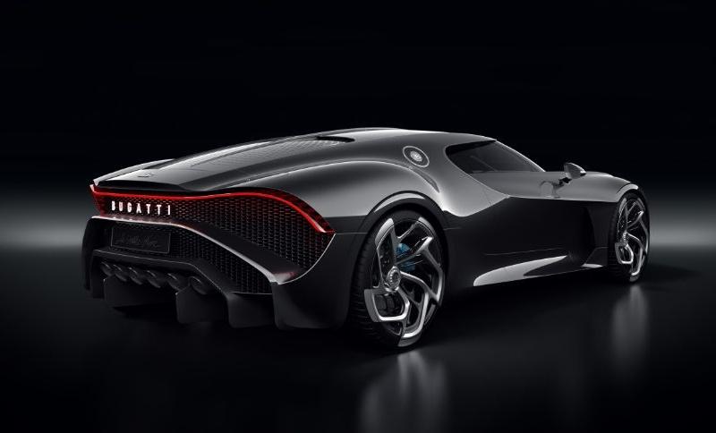 Самый дорогой автомобиль в мире купил Криштиану Роналду 3