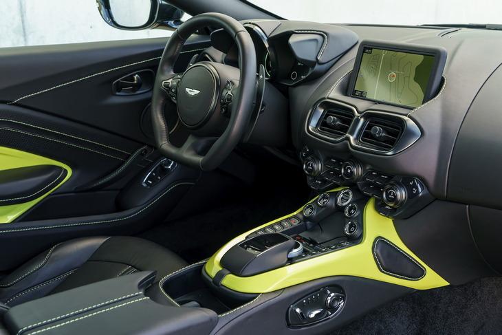 Aston Martin подготовил драйверскую версию суперкара Vantage на механике 2