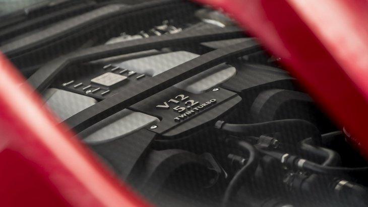 Aston Martin обещает сохранять двигатель V12 как можно дольше 1