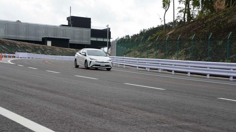 Toyota построила собственный Нюрбургринг 2