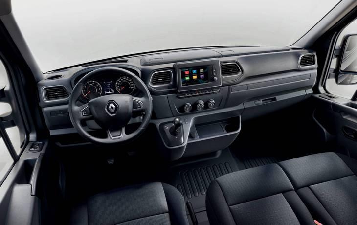 Renault обновила микроавтобусы Master и Trafic 3