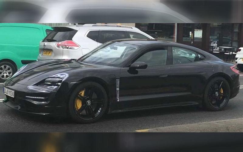 Новый Porsche Taycan: испытания под шильдиком Mercedes-Benz 1