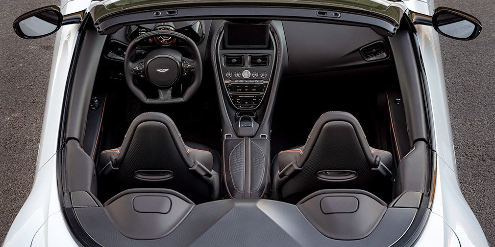 Aston Martin представил самый быстрый кабриолет 3