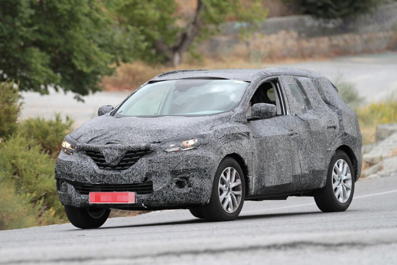 Renault затягивает обновление Koleos 1