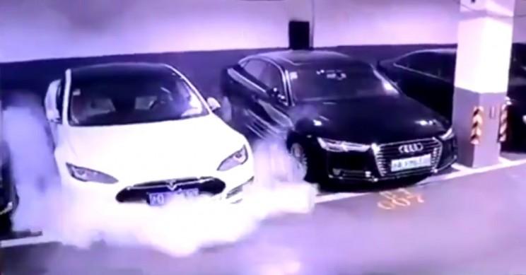 Маск раскрыл вероятность того, что автомобиль Tesla сгорит 1