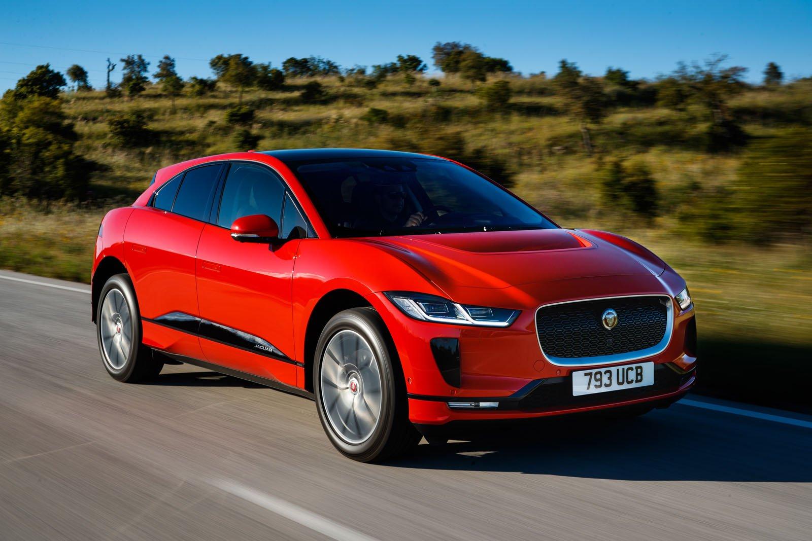 Jaguar увеличит количество электрокаров в линейке 1