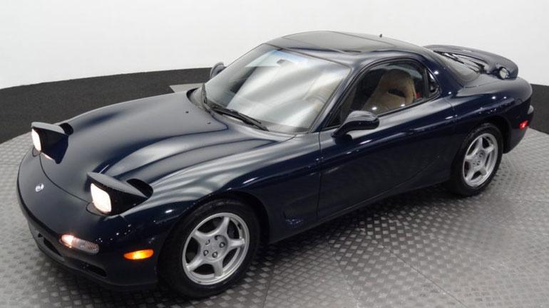 Идеальное купе Mazda RX-7 почти без пробега выставили на продажу 1