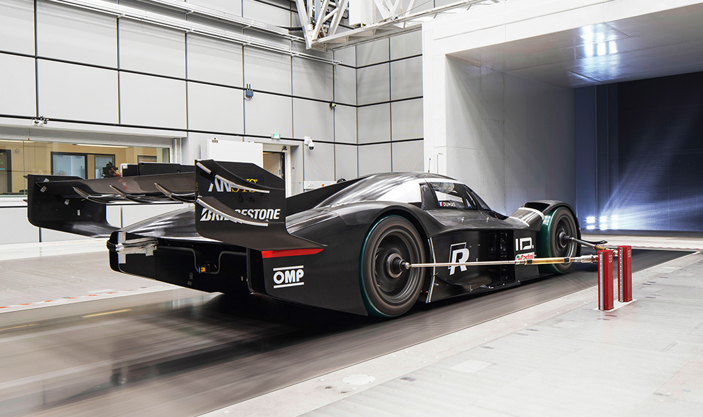 Volkswagen показал гоночный электрокар для рекорда на «Нюрбургринге» 1