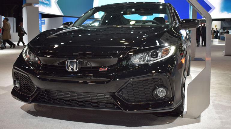 Honda представила «заряженный» Civic в модификации Si 1