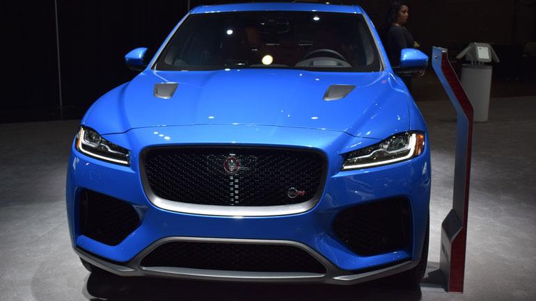 Jaguar представил новый F-Pace SVR 1