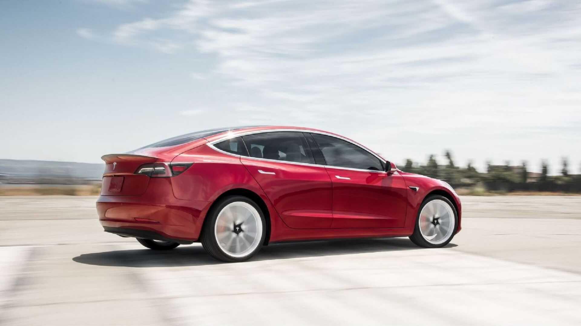 Tesla побила рекорды европейских продаж в марте 1