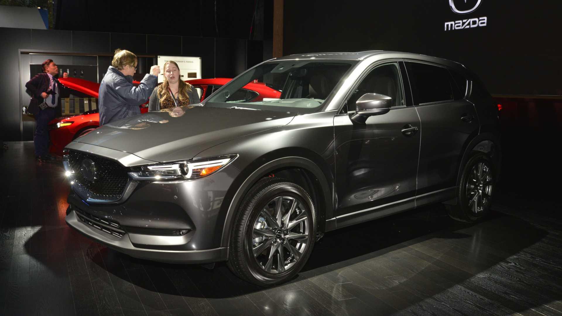 Mazda CX-5 получила вариант с дизельным двигателем 1
