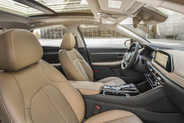 Hyundai представила новую Sonata 2