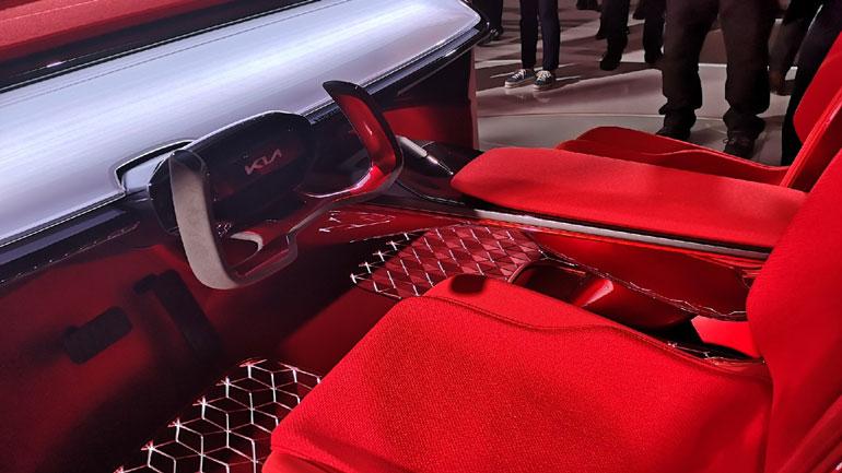 Kia представила новый электрический кроссовер Habaniro 3