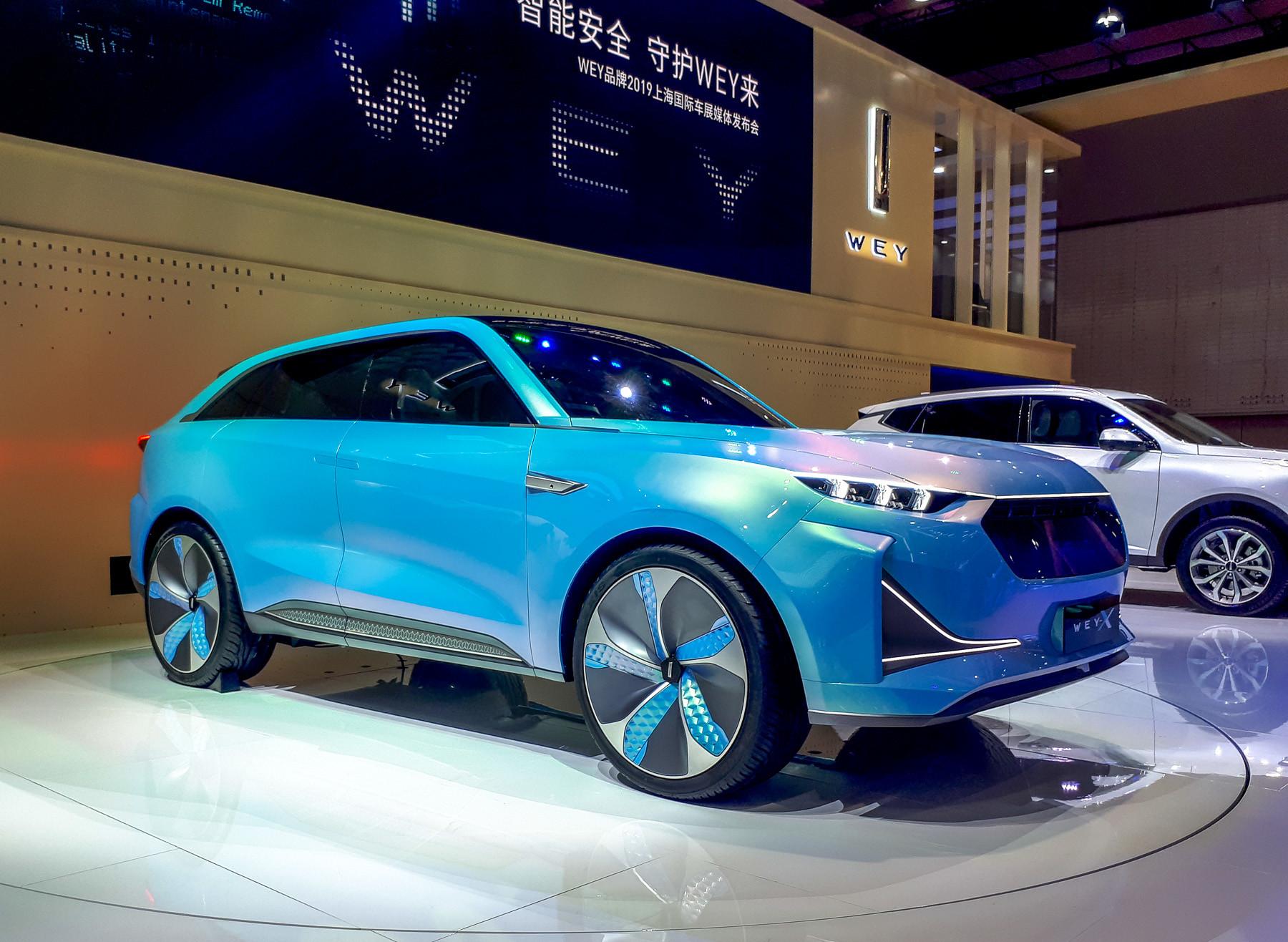 В Шанхае дебютировал премиум-электрокросс Wey X 1