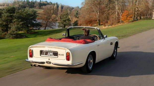 Aston Martin сделал из классической модели электромобиль 2