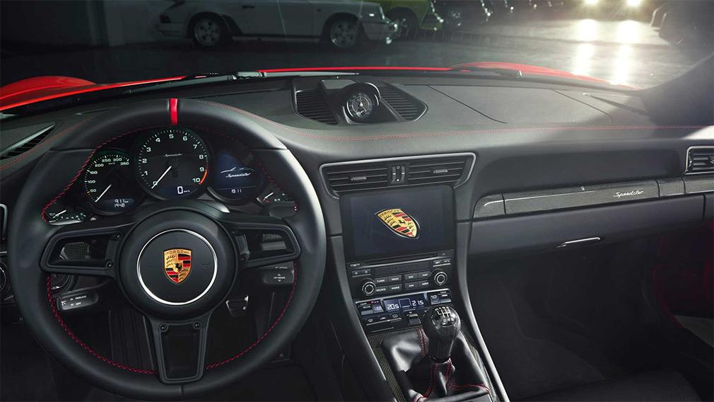 Новый Porsche 911 стал спидстером 3