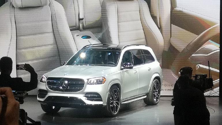 Mercedes-Benz представил новое поколение внедорожника GLS 1