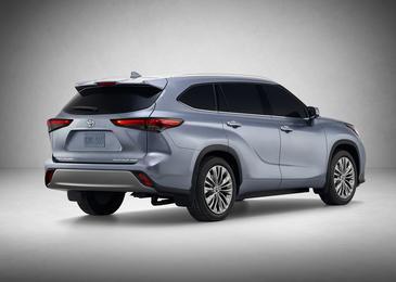 Представлен новый Toyota Highlander 1