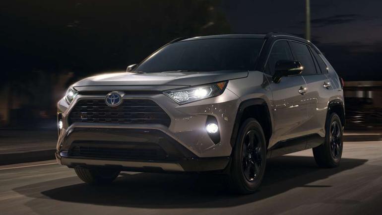 Новая модель Toyota RAV4 выходит на домашний рынок 1
