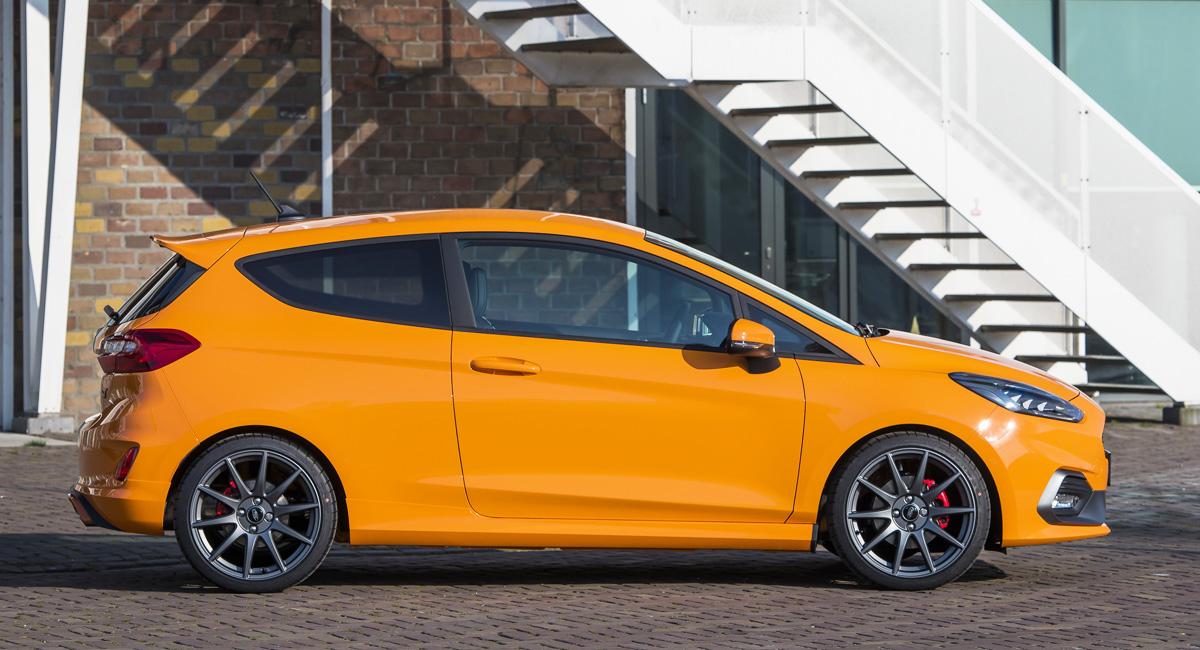 Хот-хэтч Ford Fiesta ST обзавелся версией Performance Edition 1