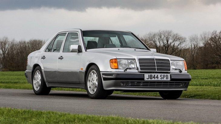 Легендарный «Мистер Бин» выставил на аукцион свой Mercedes-Benz 1