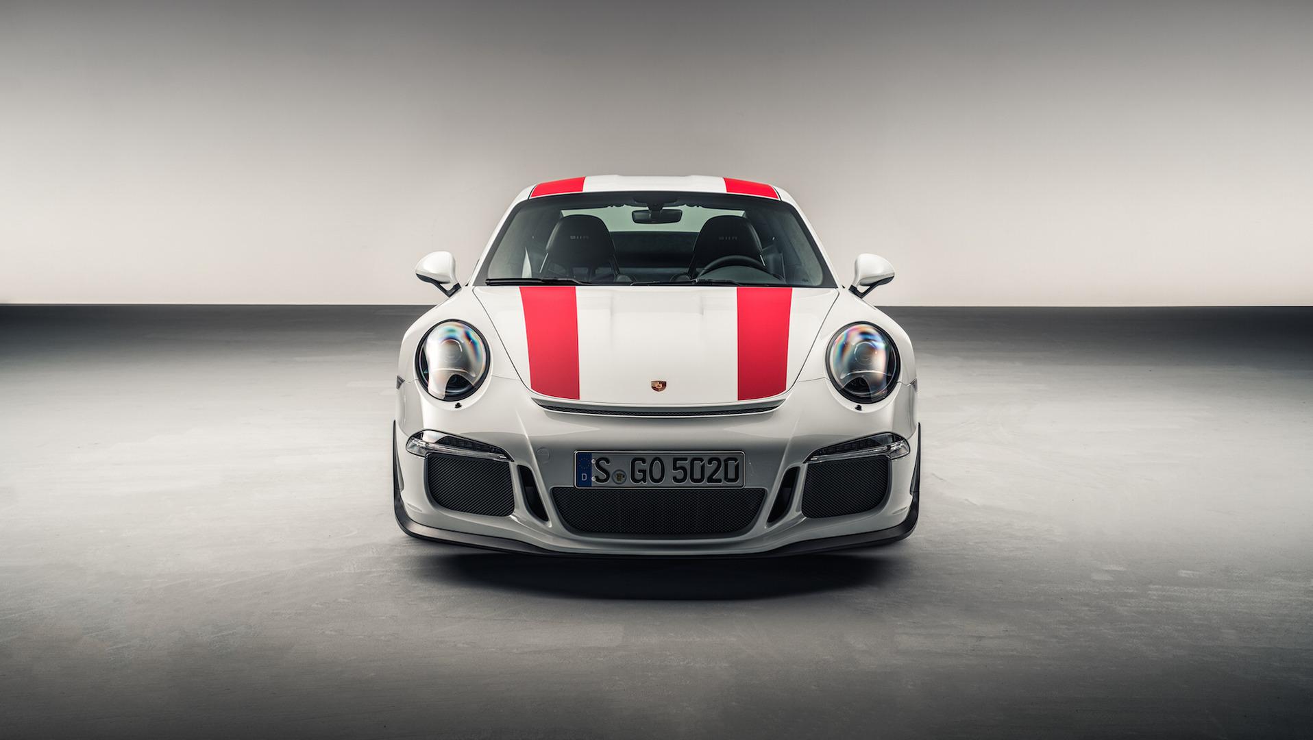 Porsche будет бороться со спекулянтами 1