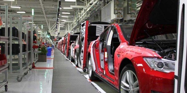 Tesla заплатит штраф за нарушение экологических норм на одном из заводов 1