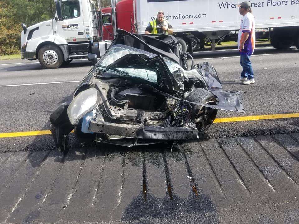 Жуткое ДТП показало супер безопасность автомобиля Toyota 1