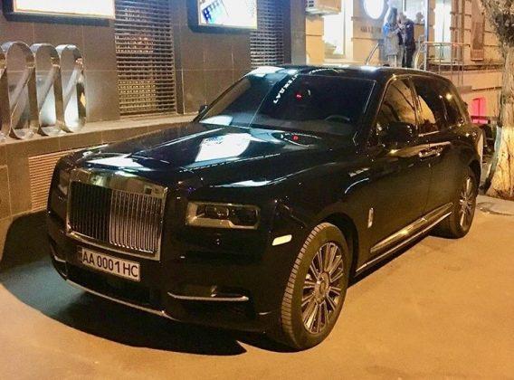 Самый роскошный внедорожник в мире сфотографировали на дорогах Украины 1