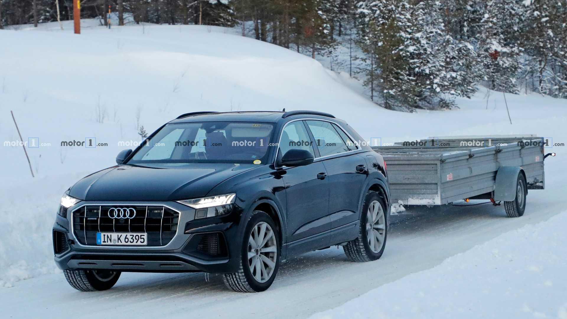Гибридный Audi Q8 застали на дорожных испытаниях 1