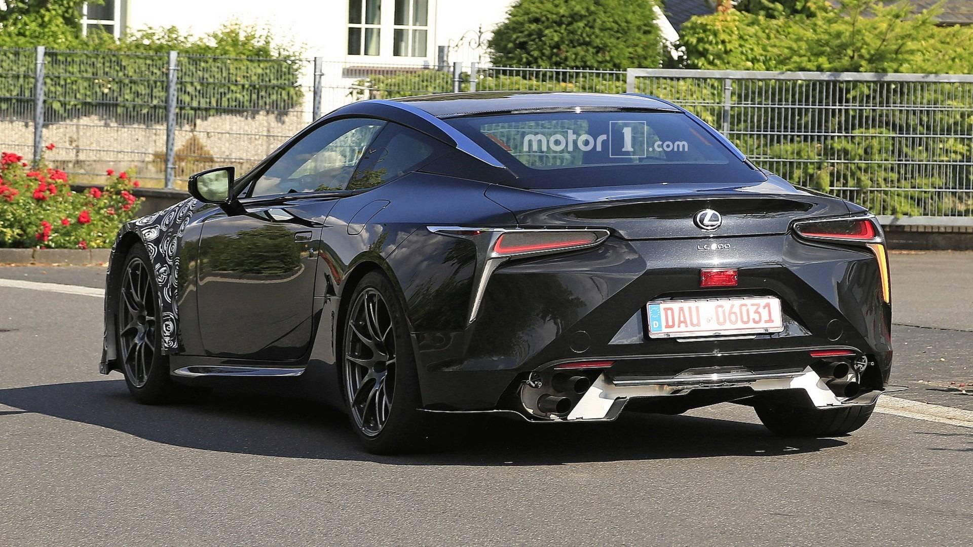 Lexus LC в 2019 году получит новую модификацию 2