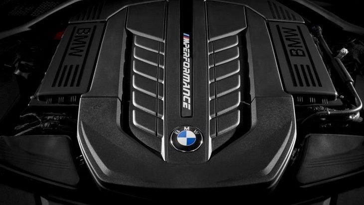 BMW продолжит выпускать автомобили с мотором V12 1