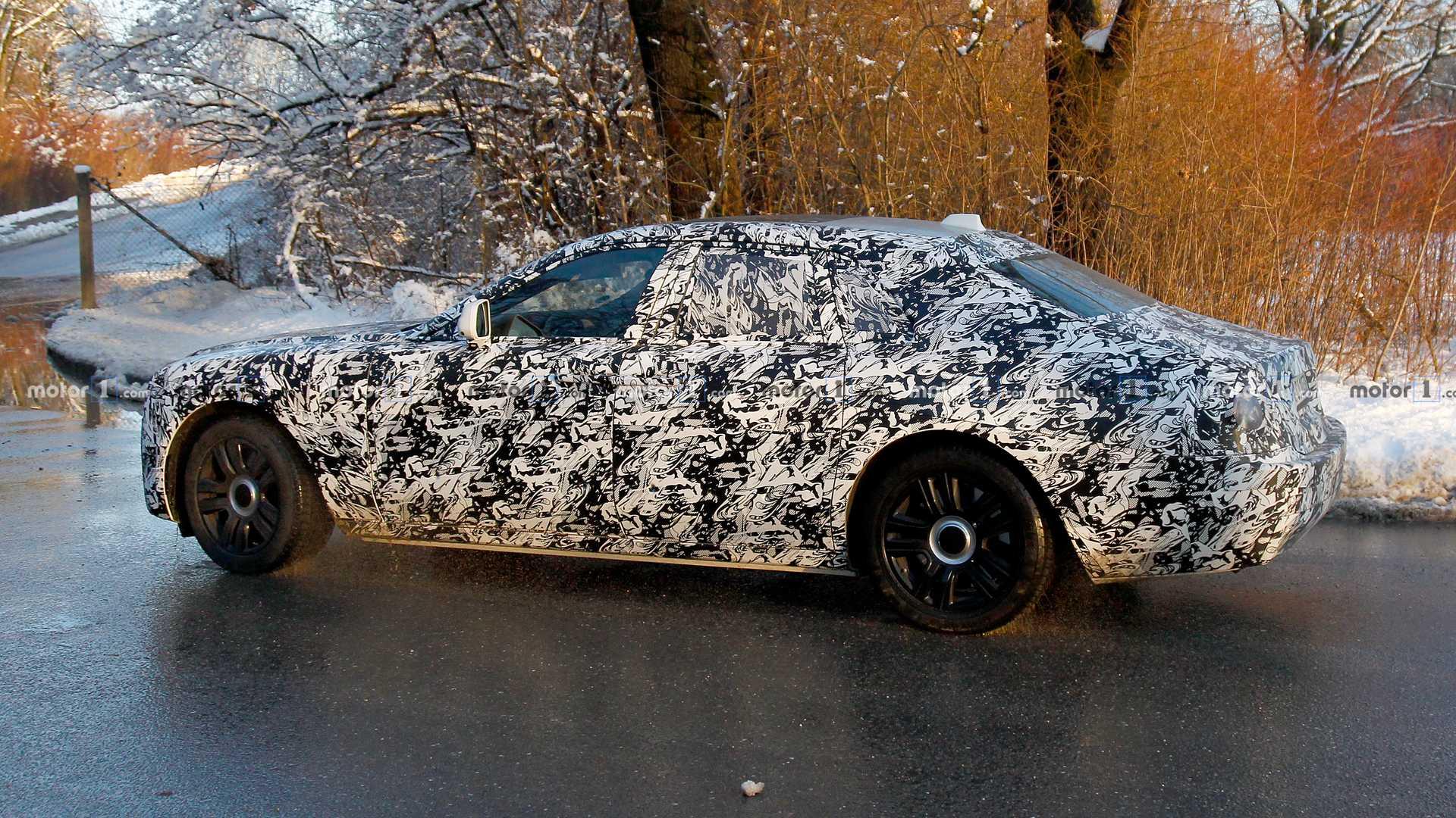 Новый Rolls-Royce Ghost получит полный привод 2