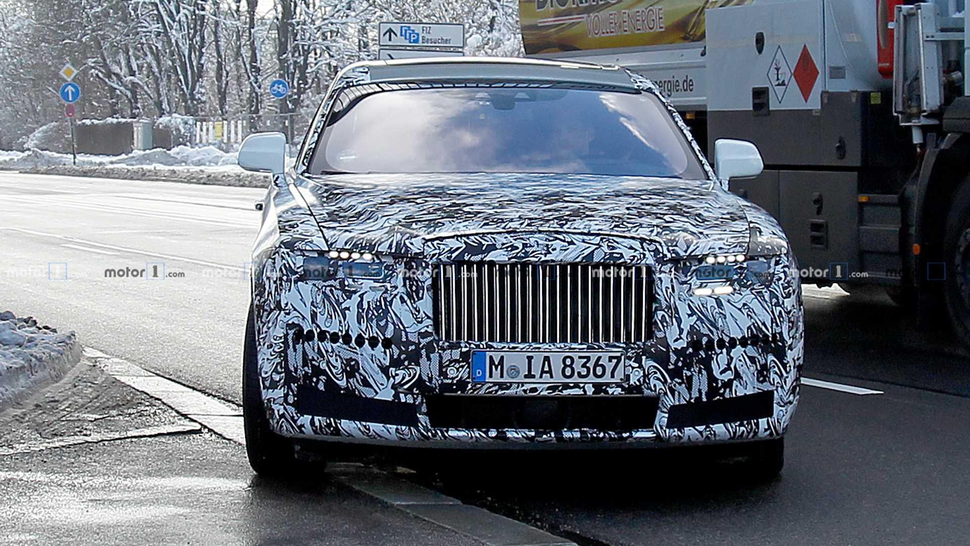 Новый Rolls-Royce Ghost получит полный привод 1