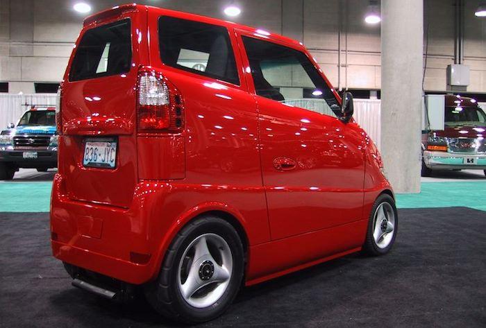 Самый узкий автомобиль в мире – Tango T600 1