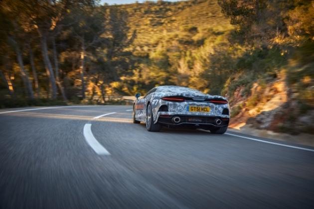 McLaren опубликовал новые снимки модели Grand Tourer 2