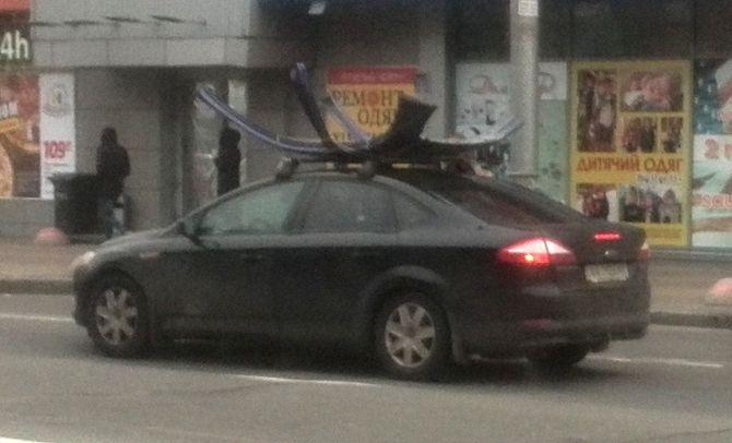 В Киеве замечен необычный Ford со съемной крышей 1
