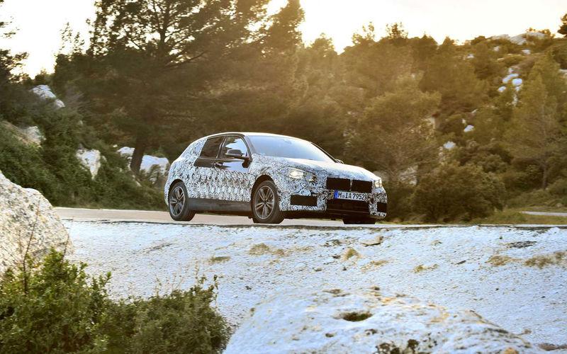 Появились новые подробности о самом недорогом BMW 1